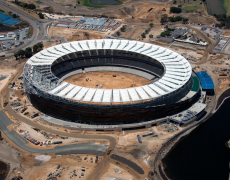 Blusukan di Perth Stadium